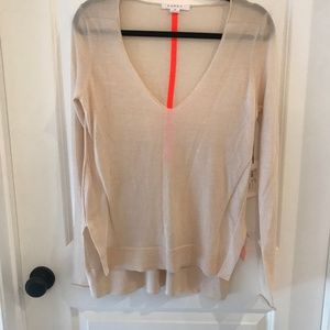 Duffy Featherweight V-Neck Wool Cashmere Sweater